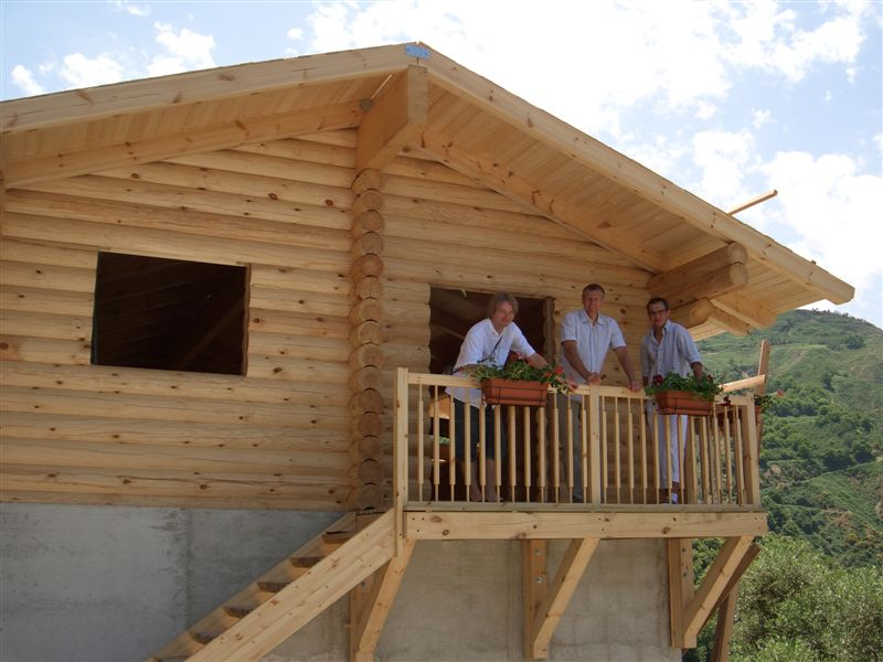 Case Di Tronchi Di Legno : Case tronchi legno case tronchi legno tipico stile di legno